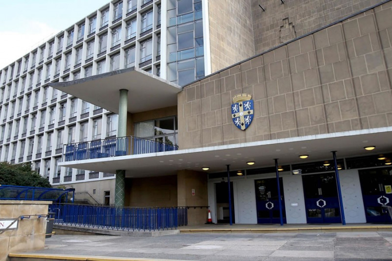 County Hall to be bulldozed in bid to bring 6,000 jobs