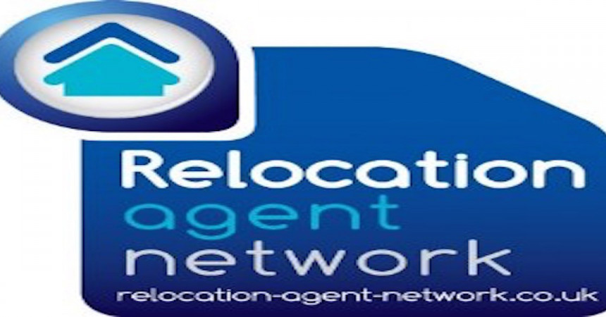 Relocation Agent Network's first 100 graduates