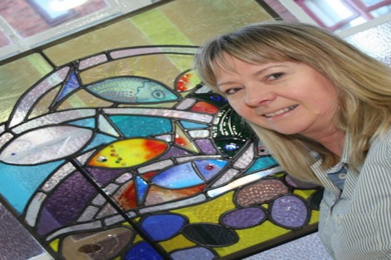Glass artist hopes to shine in Durham gallery
